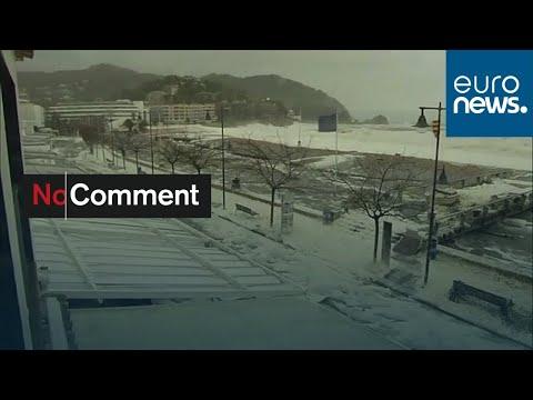 شاهد: عاصفة غلوريا تثير زبد البحر على السواحل الكتالونية…  - نشر قبل 3 ساعة