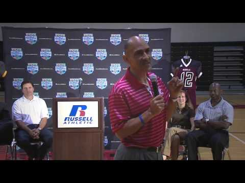 "Tony Dungy Speaks About Being ""Uncommon"""