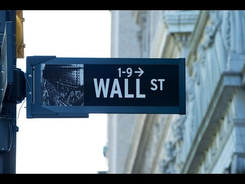 How to Protect Yourself When Investing with Wall Street: Personal Finance – Advice (2003)
