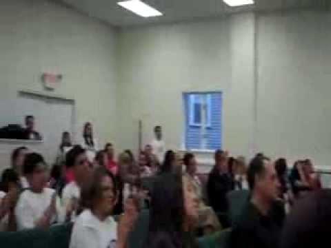 10 anos - Assembleia de Deus Fellowship em Everett, Massachusetts.