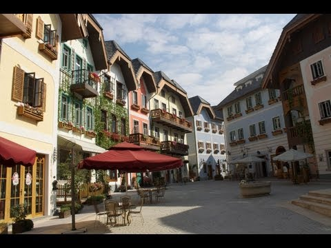 Adventures - Hallstatt - Crazy Austrian Village in Guangdong!
