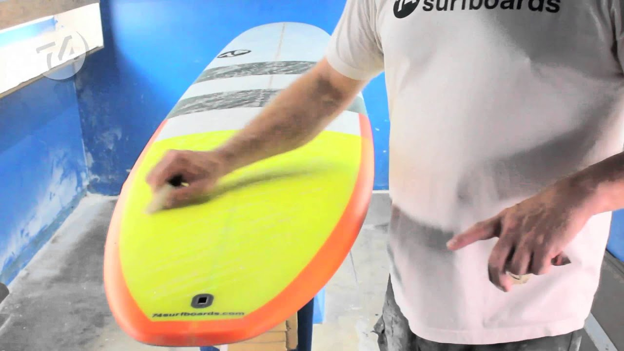 how to put wax on a surfboard