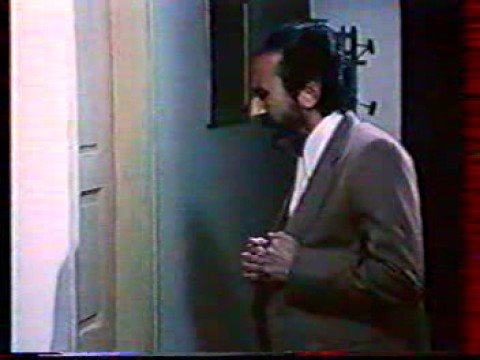 إمرأتان† 4sur 10 film algérien