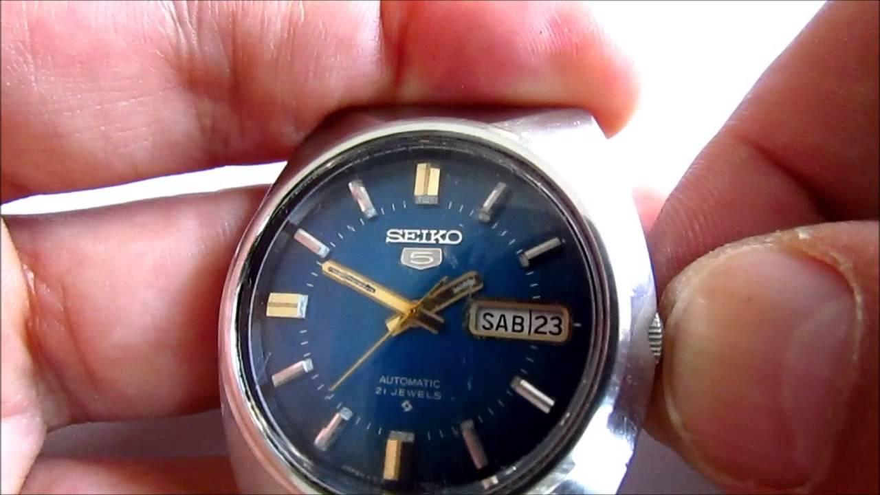 ee25e2752ced Vintage Seiko 5 Automatic 21 Jewels Wristwatch - YouTube