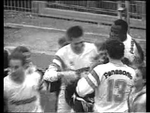 Chris Waddle Reportage