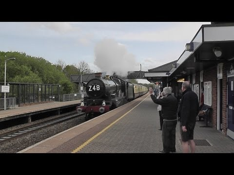5029 Nunney Castle flies past Tiverton Parkway on the Anniversary Limited (Z48) 9th May 2014 (1964)