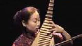 Chinese folk music - Red River (pipa solo),  Liu Fang concert live  刘芳琵琶