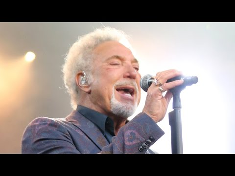 Tom Jones - You Can Leave Your Hat On - live at Eden Sessions 2016