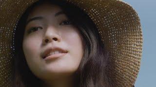 チャンネル登録はこちら!http://goo.gl/ruQ5N7 龍角散の新CMは、「龍角散ののどすっきり飴」に配合される国産ハーブが、手間暇かけて作られている...