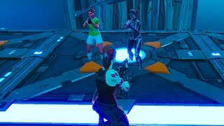 They refuse to play with me For being poor without Skin and I take out my Ghoul Trooper - Fortnite