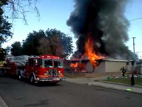 Lancaster CA house fire 9-29-12 - YouTube