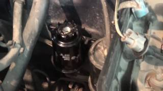 23.07.2015 Замена топливного фильтра (Replacing Consumables Toyota Corsa)