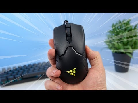 WARNING, It's Fast - Razer Viper Review (69g)