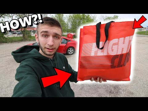 INSANE SNEAKER TRADE FROM FLIGHT CLUB! I COMPLETELY ROBBED HIM!!!