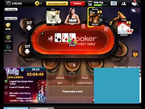 Poker gameplay single colored poker chips