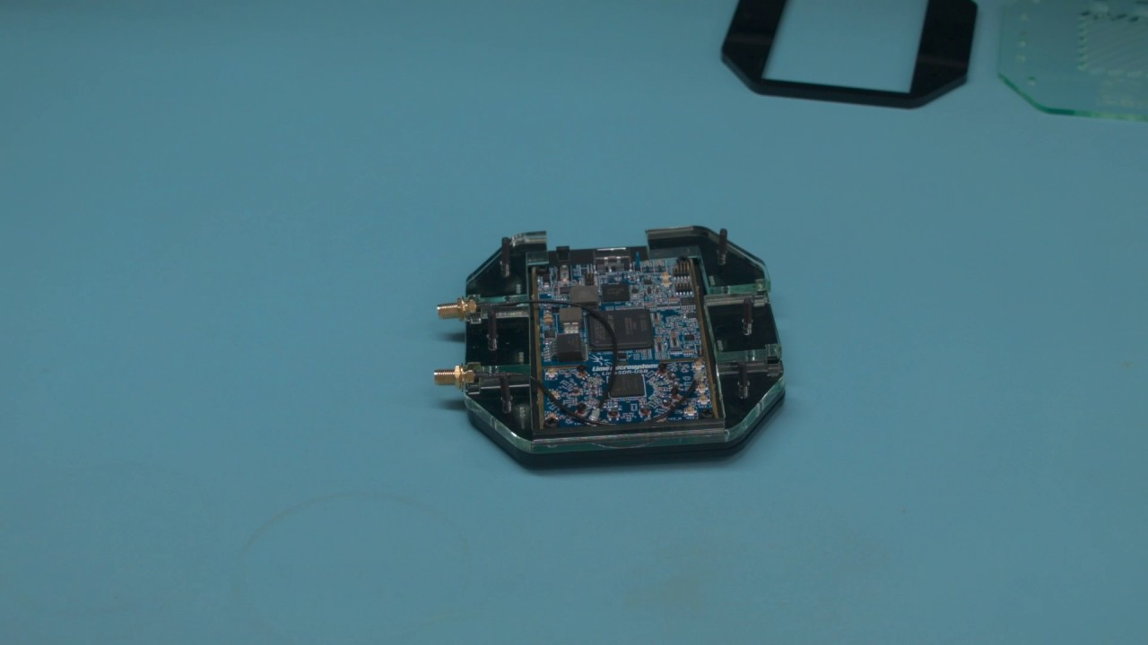 Repeat LimeSDR Acrylic Case Assembly by Myriad-RF - You2Repeat