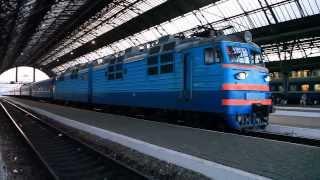 ВЛ80Т-1322 прибыл с поездом Одесса - Львов