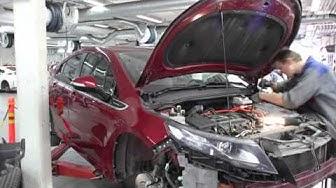 Opel Amperan voimapaketin irroitus (time-lapse-video)