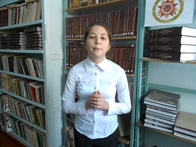 Изображение предпросмотра прочтения – НатальяЗырянова читает произведение «Нищий» М.Ю.Лермонтова