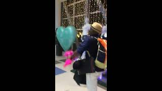 Sri Lankan guy finally meet his Filipino girlfriend and make surprise her birthday
