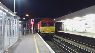 Freshly painted DBC Class 66044 & 117 at Lancing working 6N65.