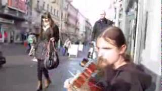 Biểu diễn guitar đường phố tuyệt đỉnh 2 ThanhLiem suu tam