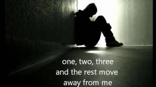The most sad song of loneliness - English Translation تامر حسني - ماحدش حاسس بي