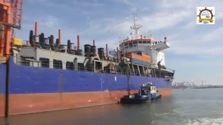 العربية نيوز| بالفيديو.. الكراكة الهولندية تغادر ميناء دمياط عقب انتهاء عملها