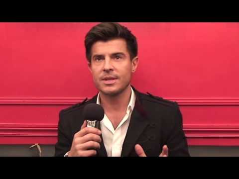 """Vincent Niclo: ITW """" Made Moiselle """" album Opera Rouge """" (11/2012)"""