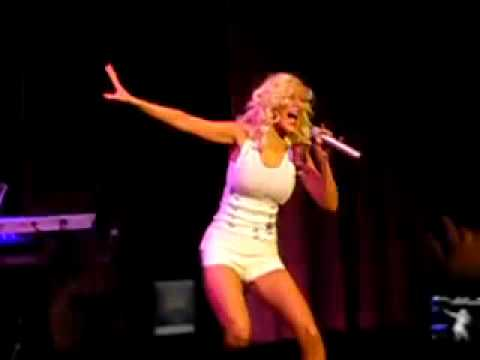 Christina Aguilera  G5 in Lady Marmalade Live