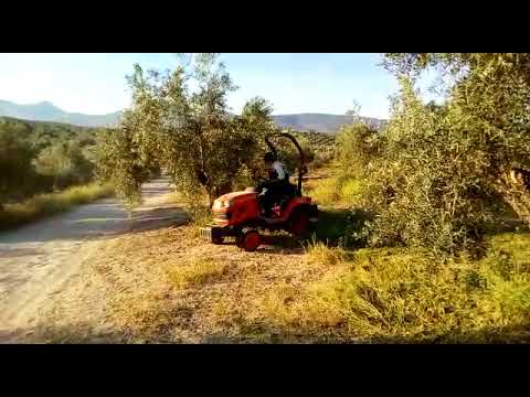 Tractor Kubota Bx2350 Con Desbrozadora thumbnail