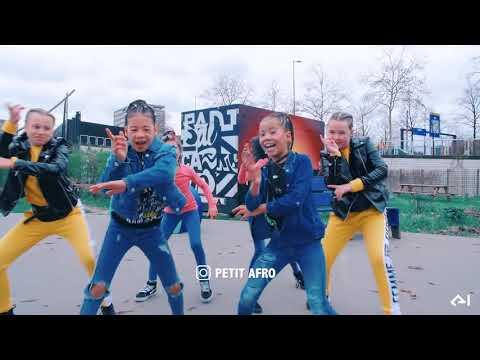 petit-afro-presents-||-kitoki-||-1-million-subscribers-special---afrodance