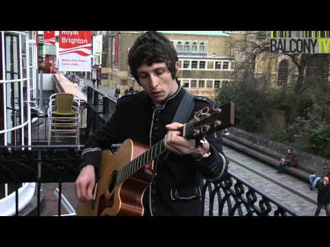 ANDY O'BRIEN - PICK YOU UP WHEN YOU FALL (BalconyTV)