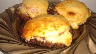 Котлеты в духовке с помидором и сыром/ Рецепты из мяса фарша