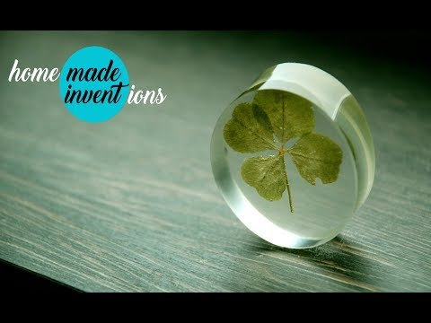 Four-leaf clover in resin. Homemade Inventions.
