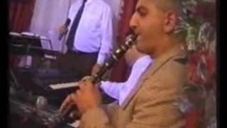 Suren Pogosyan - Garun e bacvel 2002
