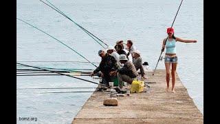 Сборник старых приколов с рыбаками и рыбачками на рыбалке