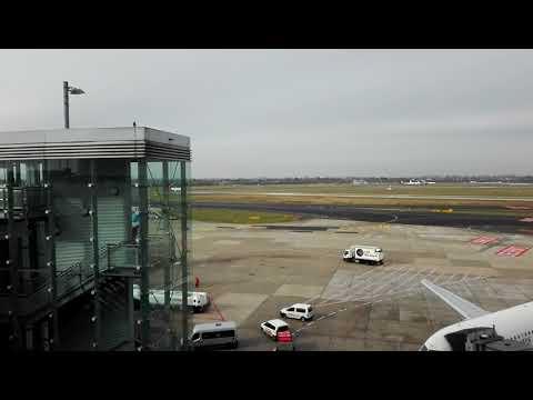Plane spotting at Düsseldorf Int'l airport #3