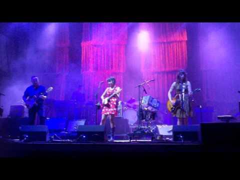 Norah Jones - Stuck (live at Austin City Limits)