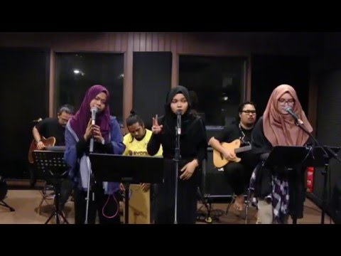 HANI & ZUE ft. PRINCESSMEENIE // 1D MEDLEY ( Part Two )