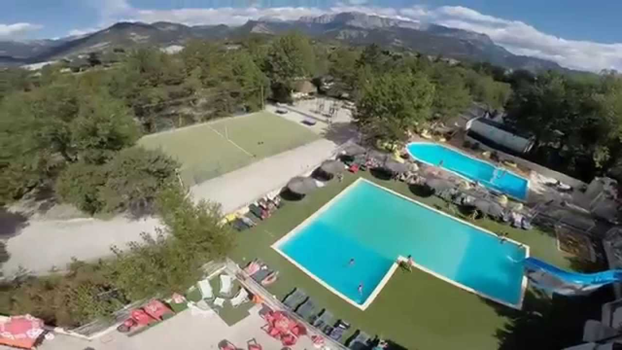 Piscines camping la pin de youtube for Camping drome provencale avec piscine