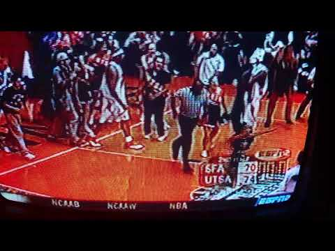 2004 UTSA Hoops Southland Conference Title : Madura and Sumner court storm