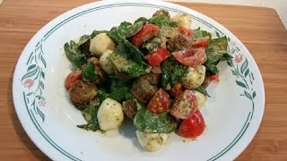 Low Carb Italian Sausage Salad With Pesto, Tomatoes And Mozzarella