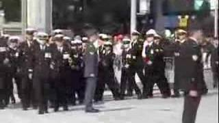 Somme remembrance ceremony - dignitaries, guard of honour