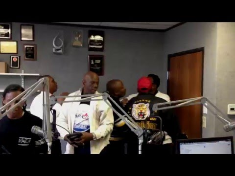 Politicians Fight At Gospel Radio Station Dwaine Carraway John Wiley Price KHVN HEAVEN 97