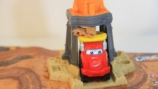 Play-Doh Tonka Chuck Diggin Rigs Grinding Gravel Yard Dump Truck Play Set Toy Review