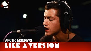 Скачать Arctic Monkeys Cover Tame Impala Feels Like We Only Go Backwards