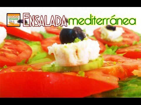 Ensalada mediterr nea cocina vegan f cil youtube for Cocina mediterranea