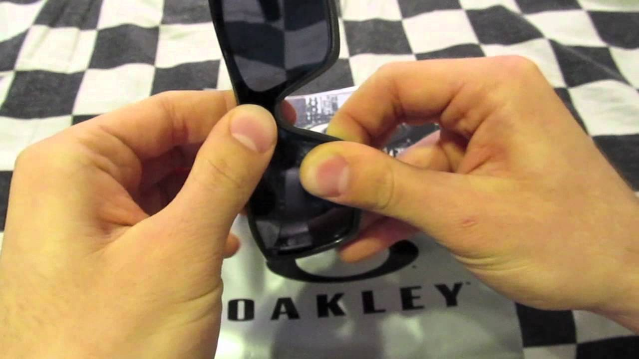 how to change oakley inmate lenses