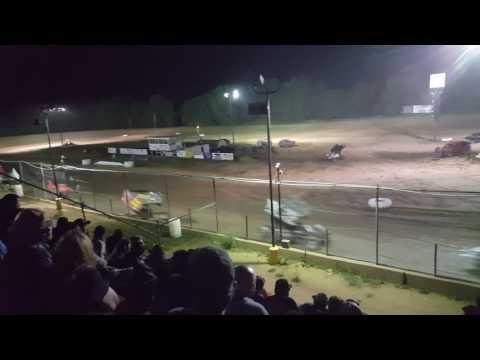 Butler speedway  sprints main 7-1-17
